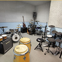 th escola de musica estudio de bateria